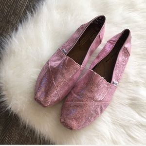 { TOMS } pink glitter slip on shoe